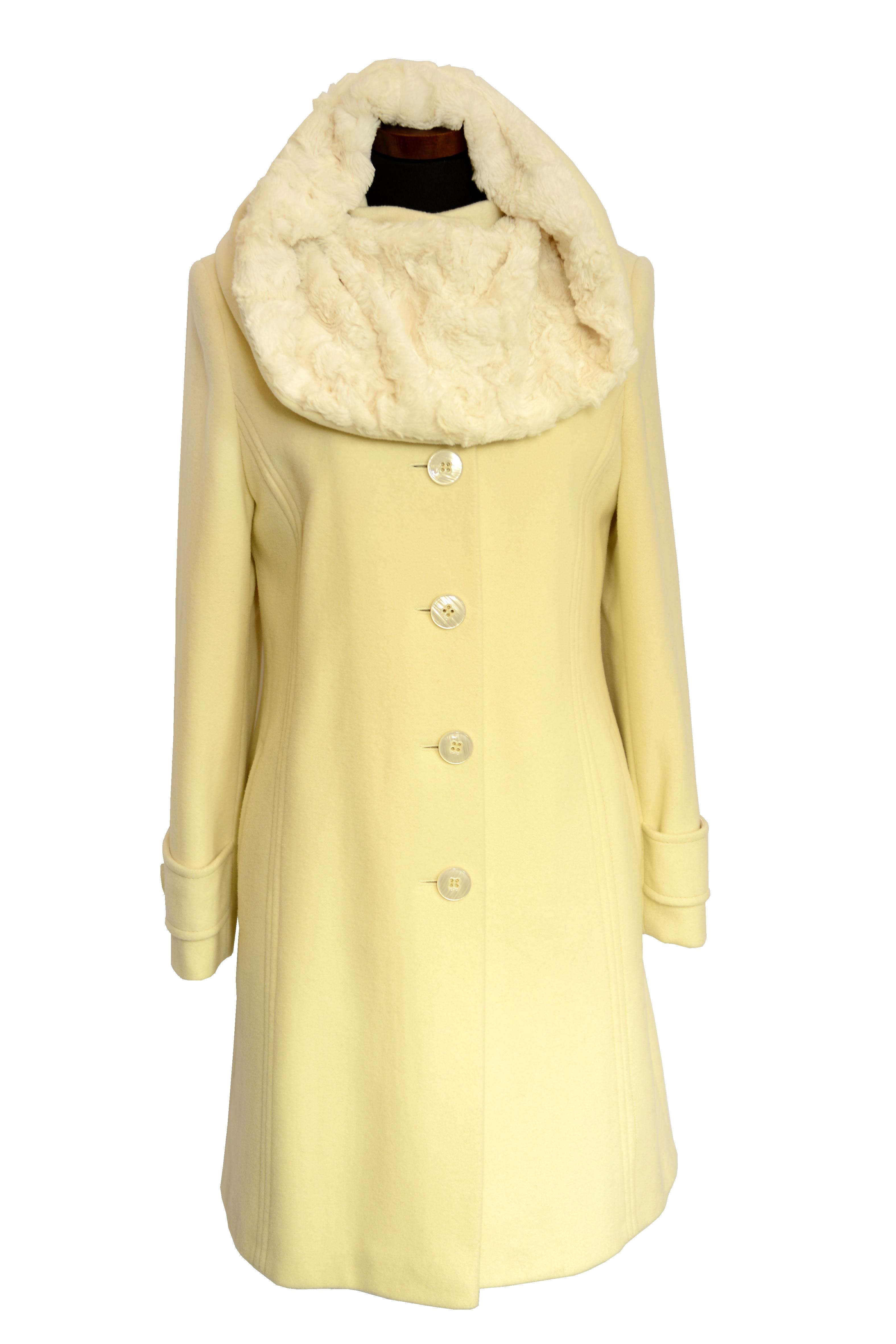 af3d0f8c5 Trojštvrťový dámsky vlnený kabát Janka - kabátyžilina